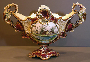 Majolica shell vase For Sale   Antiques.com   Classifieds